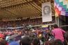 Stadium_crowd_w_che_soa_nov405_2